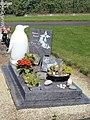 Brécé-FR-35-cimetière-sépulture-01.jpg