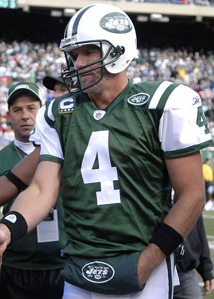 File:Brett-Favre-Jets-vs-Rams-Nov-9-08.jpg