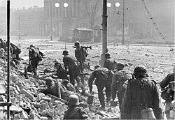 ... niemieckie w powstaniu warszawskim – Wikipedia, wolna encyklopedia