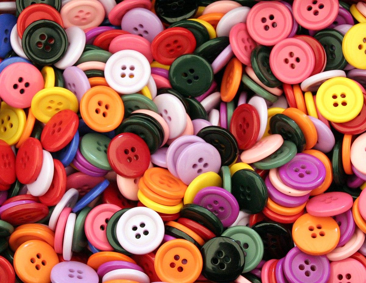 Buttons (504354910).jpg