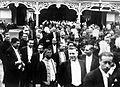 COLLECTIE TROPENMUSEUM 'Het veertig-jarig regeringsjubileum van Soesoehoenan Pakoe Boewono X van Surakarta achter in de stoet lopen ambtenaren en andere genodigden' TMnr 10001562.jpg