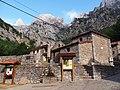 Caín Village - 2013.07 - panoramio.jpg