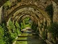 Canale scolo acque piovane, fontana cinquecentesca.jpg