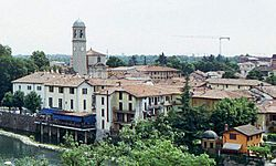 Canonica from across the Adda