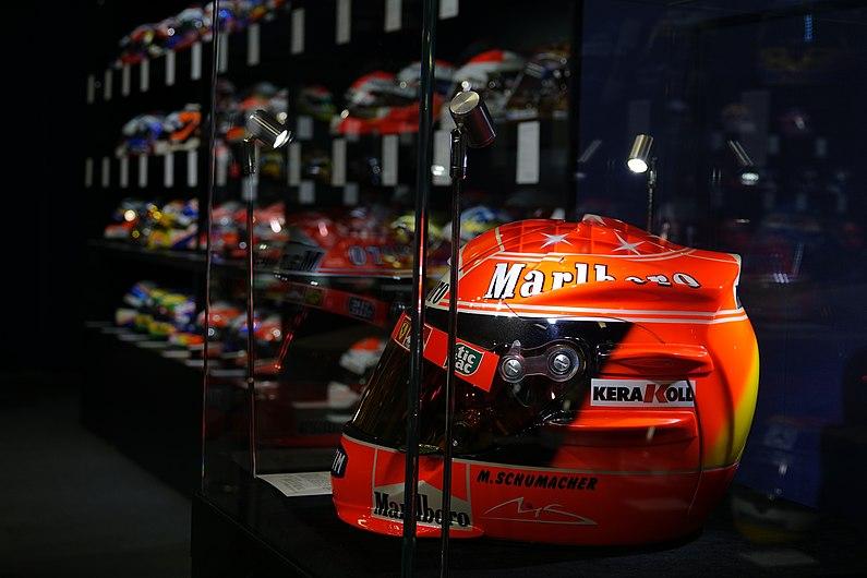 Casque Formule 1 Schumacher.jpg