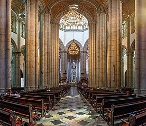 Catedral da Sé, São Paulo, Brasil.jpg