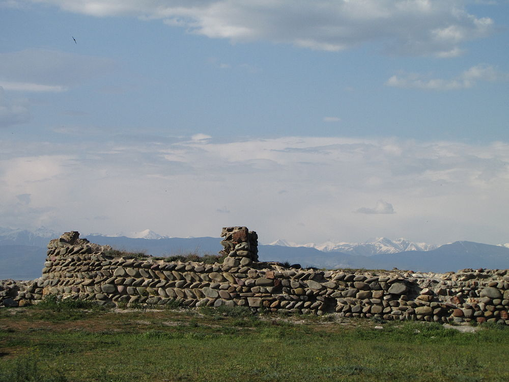 Caucasus from the Gori Fortress 23.jpg