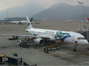 Cebu Pacific Air Boeing 757 Spijkers.jpg