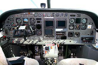 Cessna 208 Caravan - Cockpit of a pre-2008 Caravan