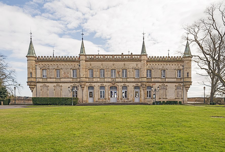English:  Château de Launaguet. Architect: Augustus Virebent. Current Town Hall of Launaguet. Northwest facade.