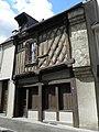 Châteaugiron (35) Vieille maison rue du porche.jpg