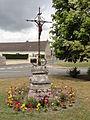 Chassemy (Aisne) calvaire (croix de chemin).JPG