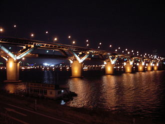 Cheongdam Bridge - Image: Cheongdam bridge night