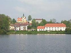 Chlum u Třeboně, přes rybník Hejtman (01).jpg