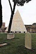 Cimitero Acattolico - Non-Catholic Cemetery Rome.jpg