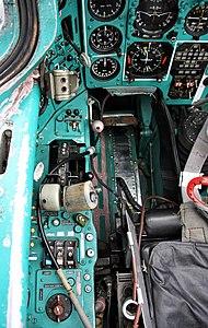 Cockpit of Mikoyan-Gurevich MiG-31 (4).jpg