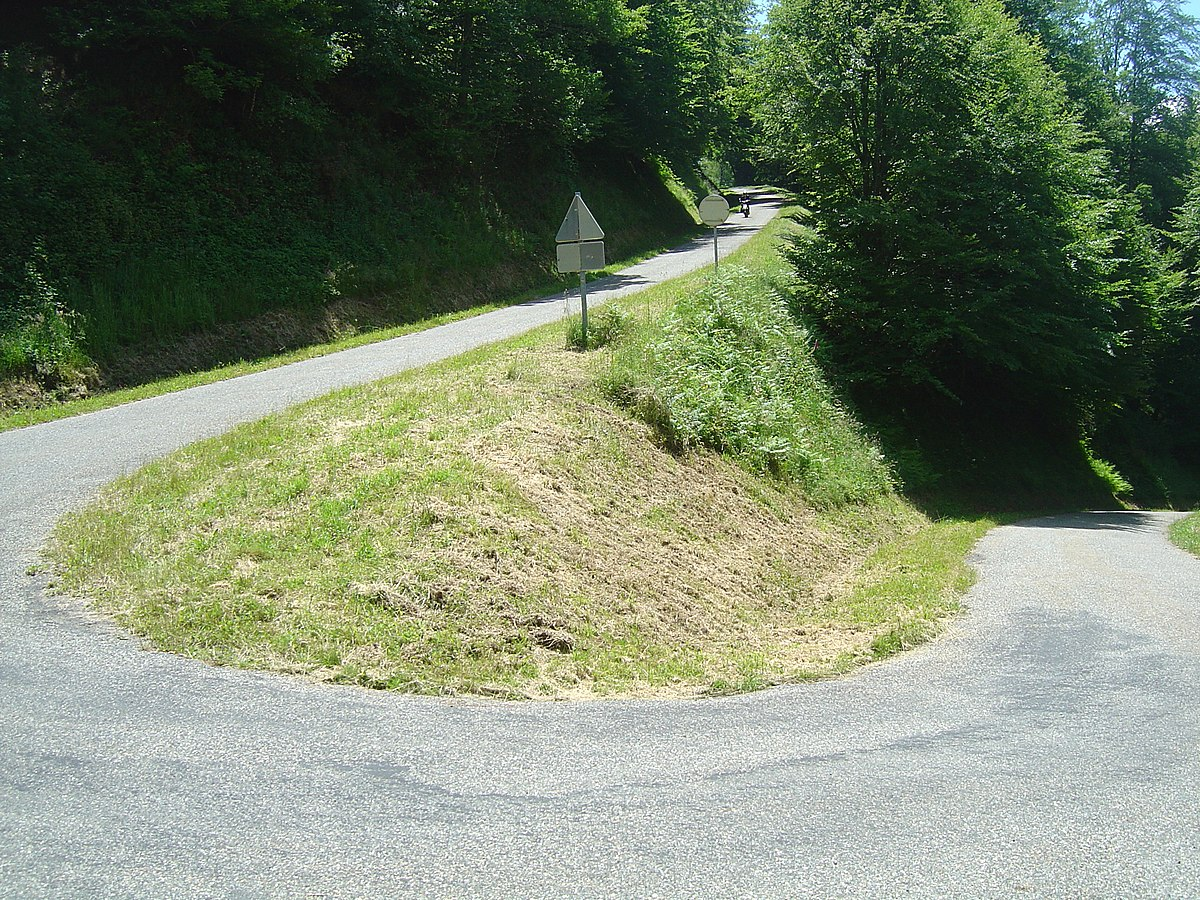 Col de la Crouzette 09- southern side- pin after 6.7 kilometers of climb.jpg