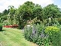 Cotswold Wildlife Park -Burford, England -gardens-25June2006.jpg