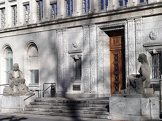 Centre William Rappard - Main entrance