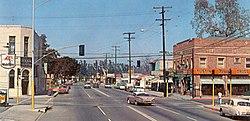 D St at Main St, Tustin, 1950s.jpg