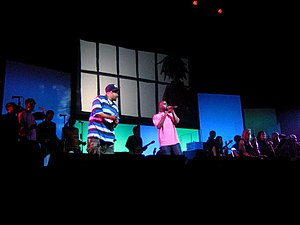 "Gorillaz - De La Soul performing ""Feel Good Inc."" with Gorillaz at the Demon Days Live concert in Manchester, England"