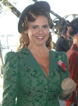 Deborah Caprioglio (2013-08) (cropped).png