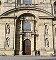 Die Fassade der Martinskirche ist Il Gesù in Rom nachempfunden, der Mutterkirche des Jesuitenordens. - panoramio.jpg