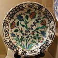 Dish with a spray of tulips, roses, and hyacinths, Turkey, Iznik, about 1600 AD, composite body, underglaze-painted - Huntington Museum of Art - DSC05013.JPG