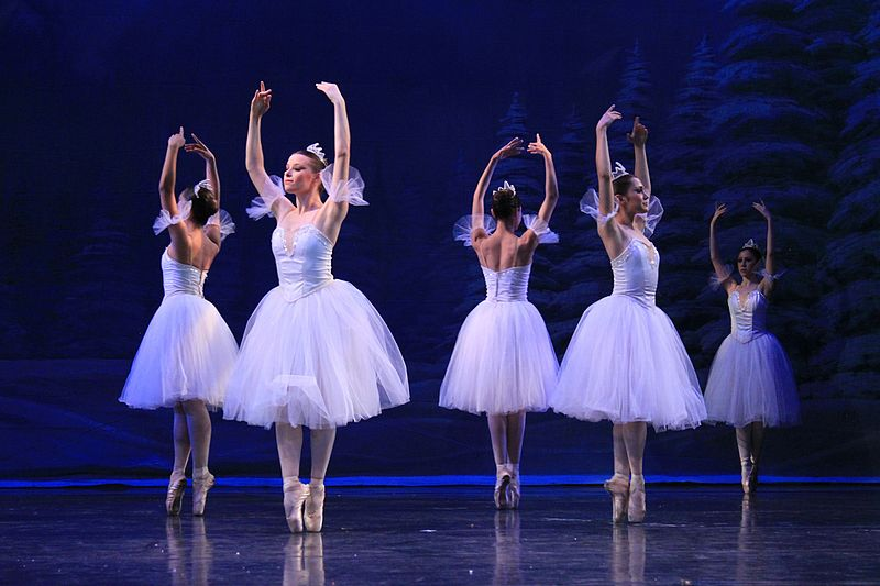 Celebrate the Season with Holiday Performances
