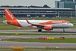 EasyJet, G-EZPA, Airbus A320-214 (28476252975).jpg