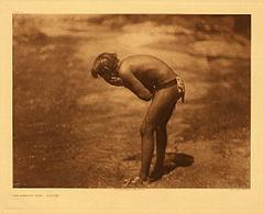 EDWARD SHERIFF CURTIS LE PHOTOGRAPHE DES AMÉRINDIENS 240px-Edward_S._Curtis_Collection_People_027