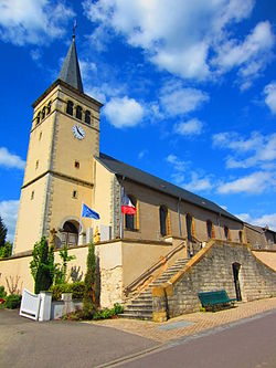 Eglise Brettnach.JPG