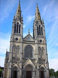 Eglise Vimoutiers.jpg