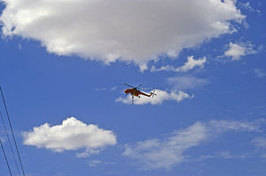 """2009–10 Australian bushfire season - Erickson Air-Crane """"Delilah"""" near Wagga Wagga, 12 January 2010"""