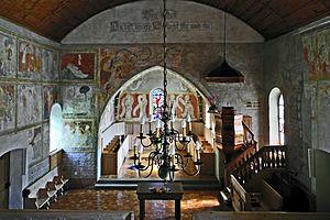 Erlenbach im Simmental - 13th-15th century murals in the Erlenbach church