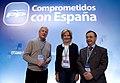 Esperanza Aguirre con Ramón Luis Valcárcel y Juan Jesús Vivas, autores de la Ponencia sobre Europa y política exterior Comprometidos con Europa.jpg