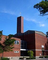 Evangeliumskirche Muenchen-Hasenbergl 1.jpg