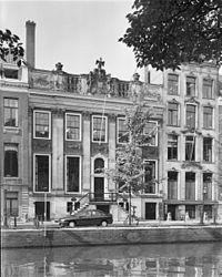 Das Haus Herengracht 476 in Amsterdam, aufgenommen 1994 (Quelle: Wikimedia)