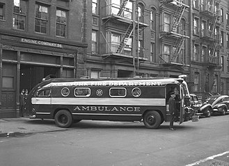 History of the ambulance - An FDNY ambulance in 1949