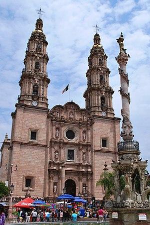 Baziliko de San-Juano de los Lagoj