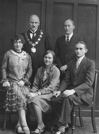 Gladysvale Cave - The Norton family of Krugersdorp, South Africa, with Gladys (center) after whom Gladysvale Cave is named