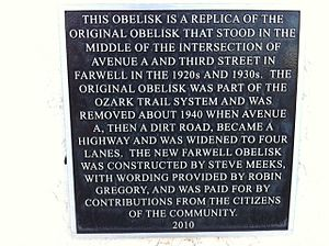 Ozark Trail (auto trail) - Plaque commemorating the Ozark Trail in Farwell, Texas.
