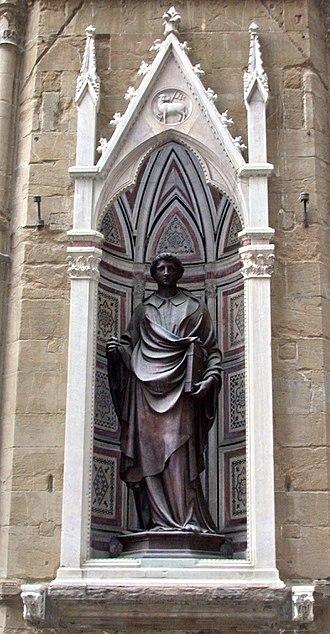 Saint Stephen (Ghiberti) - Replica in the niche.
