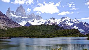 Fitz Roy - Fitz Roy and lake Capri - Parque Nacional Los Glaciares - January 16 2015