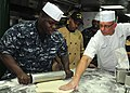 Flickr - Official U.S. Navy Imagery - Chef Robert Irvine shares cooking tips..jpg