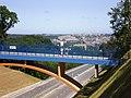 Foot path over Kwiatkowskiego Expressway - panoramio.jpg