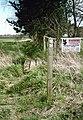 Footpath junction near Turkey Farm - geograph.org.uk - 1238173.jpg