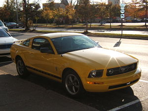 Ford Mustang V6 dans une rue d'Eufaula en Alabama en 2007