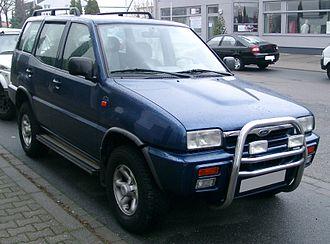 Nissan Terrano II - Ford Maverick