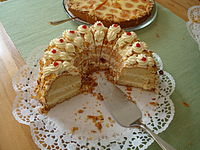 Crown Apple Pound Cake